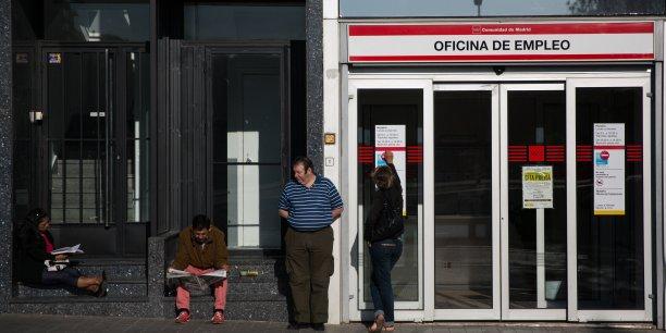 Même si le chômage augmente en août, la tendance des embauches en CDI est à la hausse par rapport à 2013, selon le ministère de l'Emploi et de la Sécurité sociale espagnol