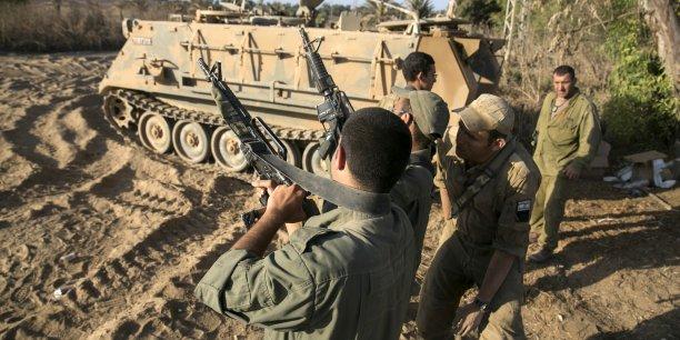 Le gouvernement israélien a approuvé dimanche 31 août une cure d'austérité pour éponger le coût de la guerre, sauf pour le ministère de la Défense épargné par les coupes budgétaires.