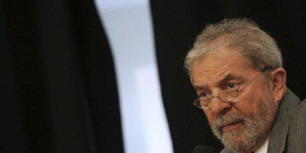 La semaine dernière, Luiz Inacio Lula da Silva a été interrogé pendant trois heures par la police fédérale dans le cadre de l'enquête pour des faits de corruption au sein de la compagnie pétrolière Petrobras.
