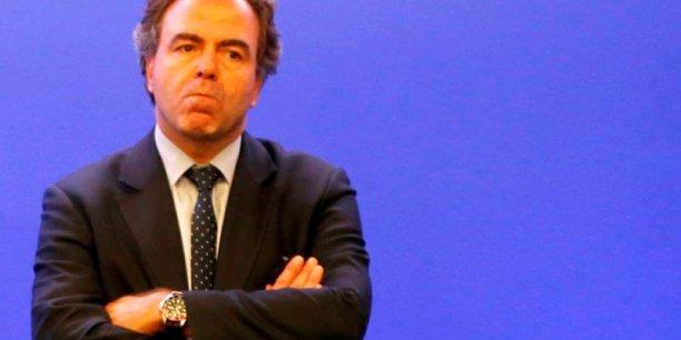 L'ex-ministre Luc Chatel, préféré à Michèle Alliot-Marie, succède à Jean-Pierre Raffarin.
