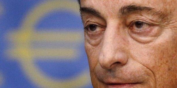 Le président de la BCE, Mario Draghi, est contesté en interne.