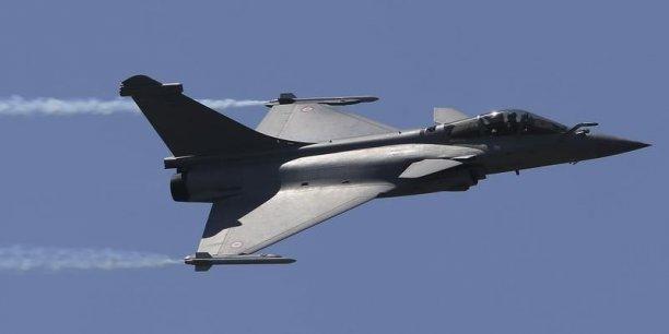 Des Rafales français ont visé un dépôt logistique de Daech (acronyme arabe de l'Etat islamique en Irak) dans le nord-est du pays, a annoncé l'Elysée dans un communiqué.