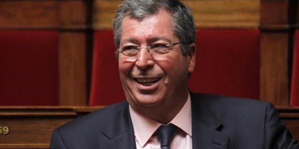 Selon Le Monde.fr, les juges d'instruction Renaud Van Ruymbeke et Patricia Simon disposent de documents précis relatifs à la responsabilité de Patrick balkany dans l'organisation d'un système d'évasion fiscale.