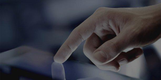 Avec la multiplication et la diversité des outils numériques, l'e-mail est devenu le vecteur essentiel de communication