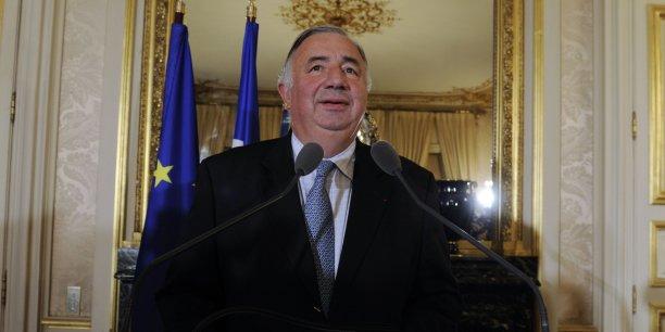 Nous nous alignons là sur différents parlements, comme le Parlement européen, a assuré Gérard Larcher
