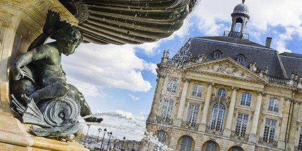 Bordeaux a la capacité d'accueillir des congrès jusqu'à 5.000 personnes. Au-delà, cela devient très difficile...