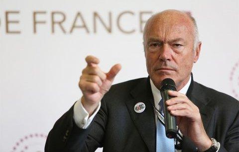 Alain Rousset, président de l'Association des régions de France, a présenté les dix propositions faites au gouvernement.