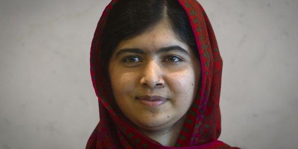 Originaire de la ville de Mingora au Pakistan, Malala Yousafzaï devient,  à 17 ans, la plus jeune lauréate du prix Nobel de la paix.