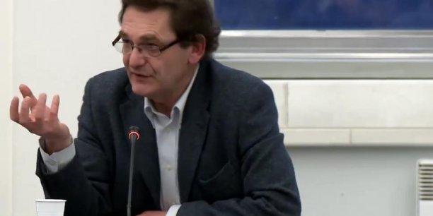Christian de Perthuis est professeur associé à Paris Dauphine, fondateur de la Chaire Economie climat.