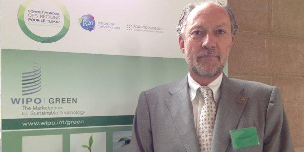 Le système de propriété intellectuelle, surtout celui des brevets, encourage l'investissement dans la Recherche et le développement, notamment dans le domaine de la croissance verte.