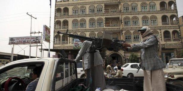 Nouveaux combats entre chiites et sunnites au Yémen.