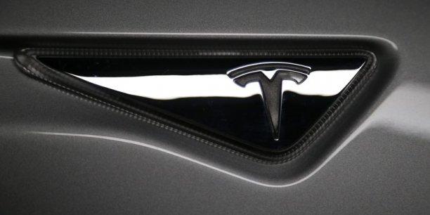 Tesla est critiquée par la mauvaise qualité de ses finitions.