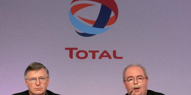 Thierry Demarest (ici, en 2007, avec Christophe de Margerie) deviendrait lui-même président non exécutif, selon les Échos.