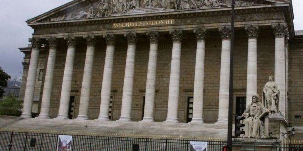 L'Assemblée Nationale doit voter en séance plénière le projet de loi Macron, mardi 17 février après-midi.
