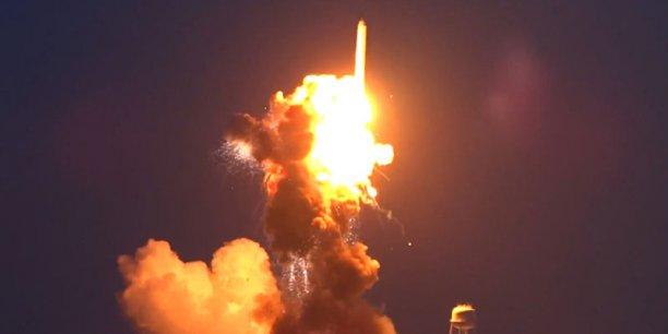Une enquête est en cours pour déterminer les causes de l'accident, a déclaré le vice-président exécutif d'Orbital Sciences Frank Culbertson.