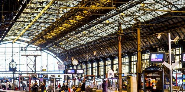 La gare Saint-Jean doit accueillir la LGV en 2017, mettant Bordeaux à deux heures de Paris. Pour sa prolongation vers le Sud, cela semble plus compliqué...