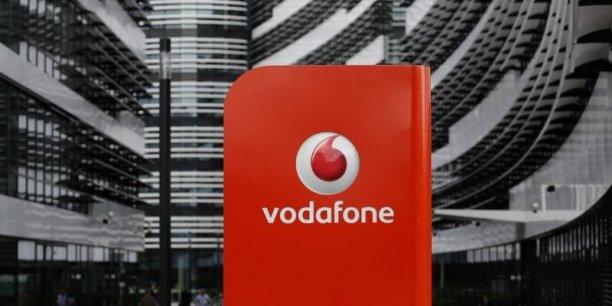Vodafone avait rendu public début juin l'ouverture de discussions en ce sens, tout en écartant d'emblée toute fusion avec le groupe américain.
