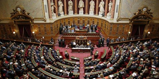 Les Sénateurs refusent toujours le transfert aux régions de compétences relevant des départements