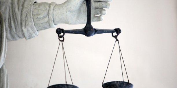 Le juge va être amené à se positionner sur la possible restitution aux propriétaires des loyers illicites perçus par les locataires.