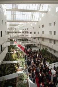 L'atrium central d'Origin lors de l'inauguration