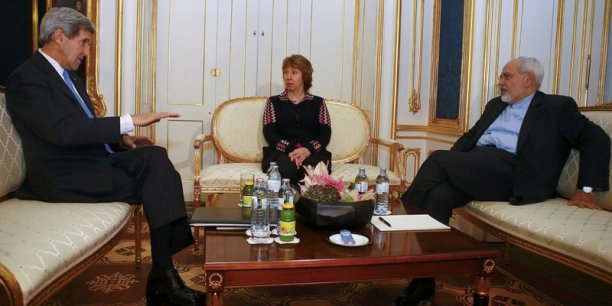 John Kerry (secrétaire d'Etat américain), Catherine Ashton (UE) et Mohammad Javad Zarif (ministre iranien des Affaires Etrangères), à Vienne lors du lancement des négociations.