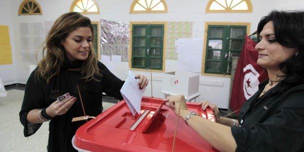 « A voté ! » Un second succès de la transition démocratique en Tunisie, après celui des élections législatives, le 26 octobre.