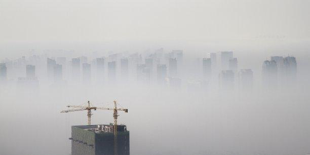 L'exposition au smog provoque des problèmes respiratoires et peut engendrer des décès prématurés selon l'EPA.
