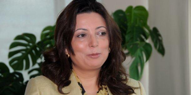 Ouided Bouchamaoui, présidente de l'Union tunisienne de l'industrie, du commerce et de l'artisanat (UTICA), « la Tunisie est un petit pays. Ses besoins sont à sa taille. Ils sont à la portée de nos partenaires internationaux, Européens d'abord... »