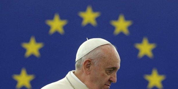Le pape François invite l'Europe à renouer avec l'humain[reuters.com]