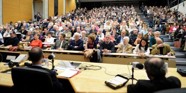 500 spectateurs réunis à l'IAE Lyon lors du débat avec Mgr Philippe Barbarin, Bertrand Collomb et Nicolas Baverez.