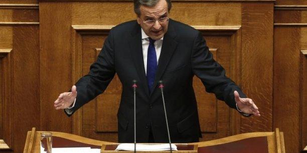 Devant le Parlement, le Premier ministre Antonis Samaras a dit avoir refusé les exigences du FMI et de l'UE. Un peu plus tôt, 4.000 personnes avaient défilé contre les nouvelles économies demandées par les bailleurs.