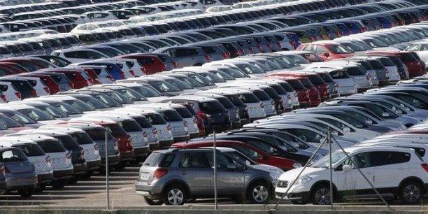 La surproduction automobile touche désormais les pays émergents alors qu'elle concernait jusque-là surtout l'Europe.