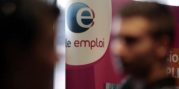 Le gouvernement présente un énième plan contre le chômage de longue durée (43% du total des demandeurs d'emploi sont dans ce cas).