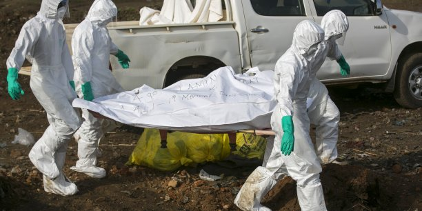Plus de 20.000 personnes ont été contaminées dans ces trois Etats et plus de 7.800 en sont mortes, selon le dernier bilan de l'Organisation mondiale de la santé (OMS).