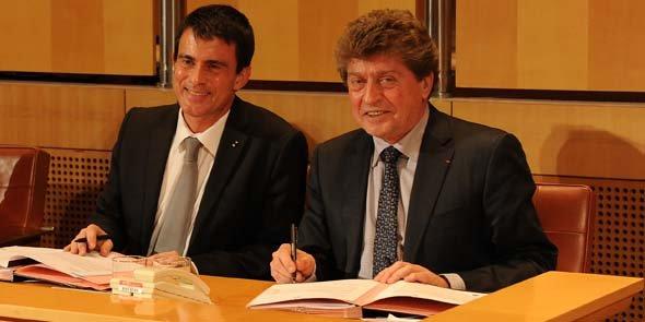 Manuel Valls et Damien Alary signent le protocole d'accord pour le CPER 2015-2020