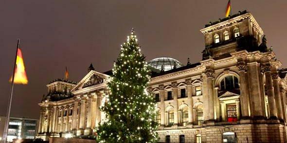 La taxe sur les  transactions financières n'avance pas. Alors que Paris, Berlin et leurs alliés assuraient au printemps qu'on aurait un accord politique pour la fin de l'année, le dernier conseil des ministres des Finances n'a rien donné. (Photo: le Bundestag, le parlement allemand, à Berlin.)
