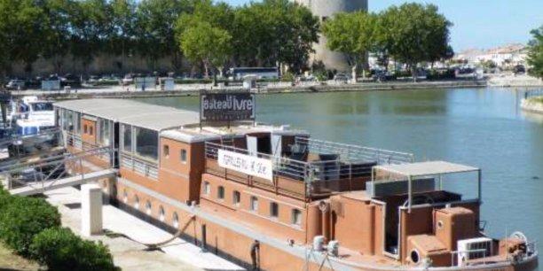 Le Bateau ivre à Aigues-Mortes avant son départ pour Bordeaux