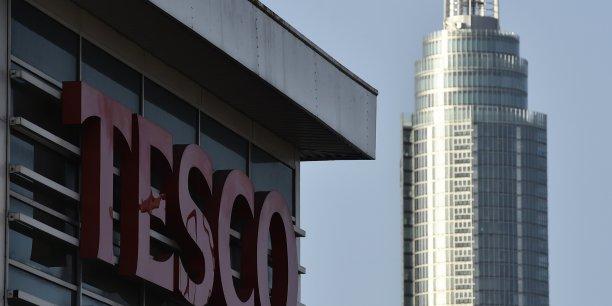 La filiale sud-coréenne de Tesco a réalisé sur l'exercice 2014-2015 un chiffre d'affaires de 5,38 milliards de livres sterling (7,33 milliards d'euros) hors TVA, précise son rapport annuel.