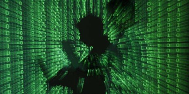 La cyber-guerre, c'est la guerre de demain, elle commence dès aujourd'hui, a averti le ministre de la Défense, Jean-Yves Le Drian