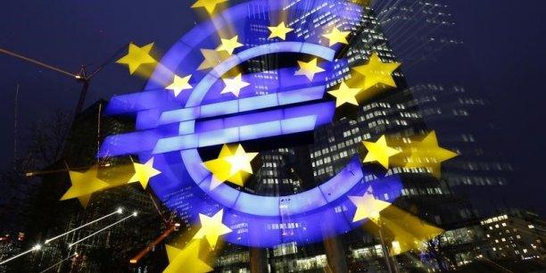 Pour relancer à la fois l'inflation et la croissance, la Banque centrale européenne a sorti l'artillerie lourde le 22 janvier: l'assouplissement quantitatif.