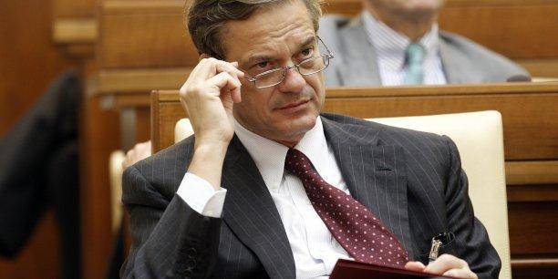Lorenzo Bini Smaghi (ici en 2011, lors d'une conférence au Vatican) occupe actuellement le poste de président non exécutif du conseil d'administration de la société italienne SNAM, spécialisée dans le transport de gaz naturel