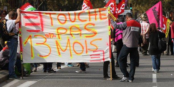La CGT du groupe Eiffage manifestait le 10 ocotbre devant le congrès de l'ARF
