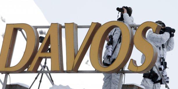 Migrations incontrôlées, terrorisme, pétrole, Chine et climat : le forum de Davos sous haute tension