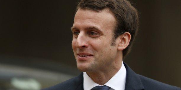 Le travail qui est en cours, c'est donc d'abord de voir comment EDF et Areva peuvent faire mieux sur le plan commercial en France, sur certains contrats qui les lient, a expliqué Emmanuel Macron.