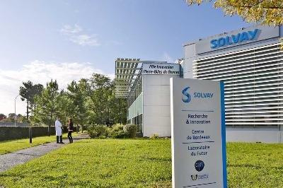Préfigurant ce que seront les laboratoires de Solvay dans le futur, le laboratoire Solvay fête ses dix ans