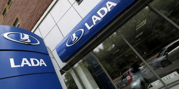 Avtovaz a vu ses parts de marché reculer en 2014 mais reste la première marque du marché russe avec Lada.