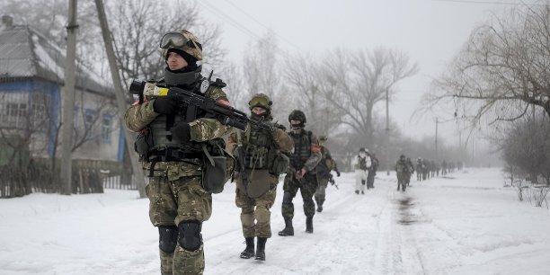 La réunion d'urgence de Bruxelles fait suite à l'intensification des combats ces derniers jours entre l'armée gouvernementale et les rebelles séparatistes pro-russes dans l'est de l'Ukraine.