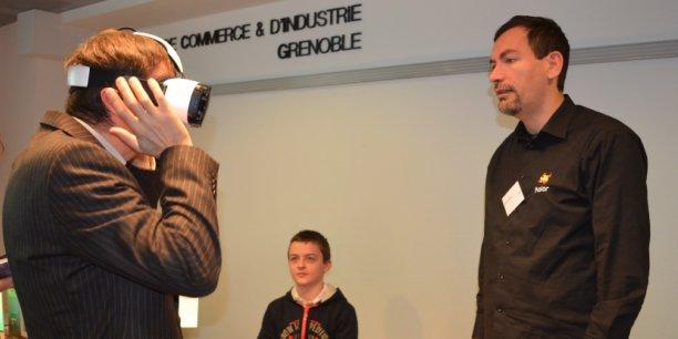 Le fondateur de la start-up Kolor (à droite), Alexandre Jenny, développe des logiciels d'assemblage d'images et des vidéos 360 degrés pour la création de visites virtuelles.