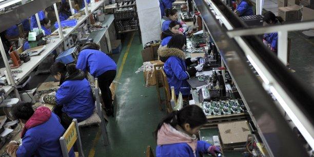 De façon significative, les investissements étrangers en Chine ont surtout crû en janvier dans le secteur des services, au détriment du secteur manufacturier, plombé depuis plus d'un an par un net essoufflement de l'activité dans la deuxième économie mondiale.