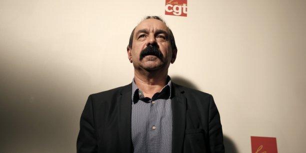 Philippe Martinez, secrétaire général de la CGT, considére que les proccupations politiques actuelles autour des questions identitaires font le lit du Front National. Il veut remettre les questions sociales au coeur des débats.